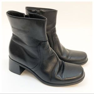Naturalizer Black Leather Ankle Boots 7.5 Brazil